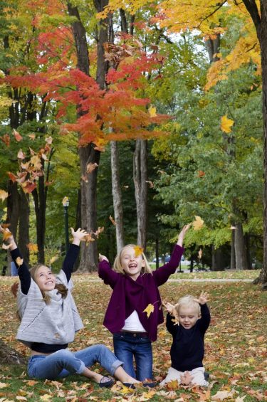 fall family portraits what to wear